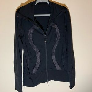 Lululemon 🍋 jacket 12 black GUC